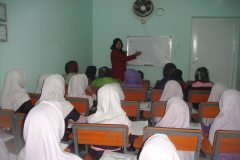 afghanistan_-_kabul_-_girls_orphanage_1_20140302_1827890484