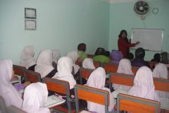 afghanistan_-_kabul_-_girls_orphanage_2_20140302_1790354559