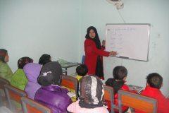 afghanistan_-_kabul_-_girls_orphanage_3_20140302_1560622950